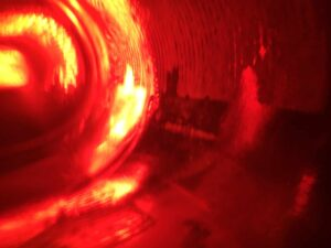 Bild: waste-art rot, ein Abfallbild von Georg Marbet