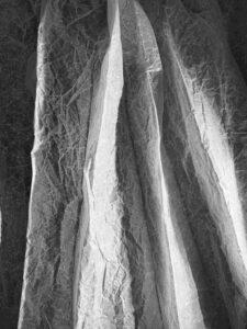 Bild: waste-art Schwarz-Weiss, ein Abfallbild von Georg Marbet